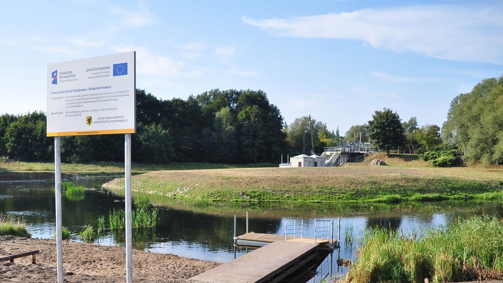 Przystań kajakowa na rzece Raduni przy Faktorii w Pruszczu Gdańskim