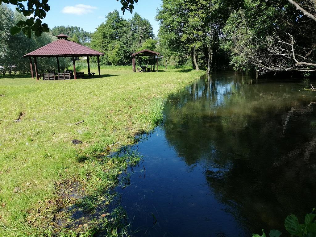 Przystań kajakowa i pole namiotowe w Kiełpinie